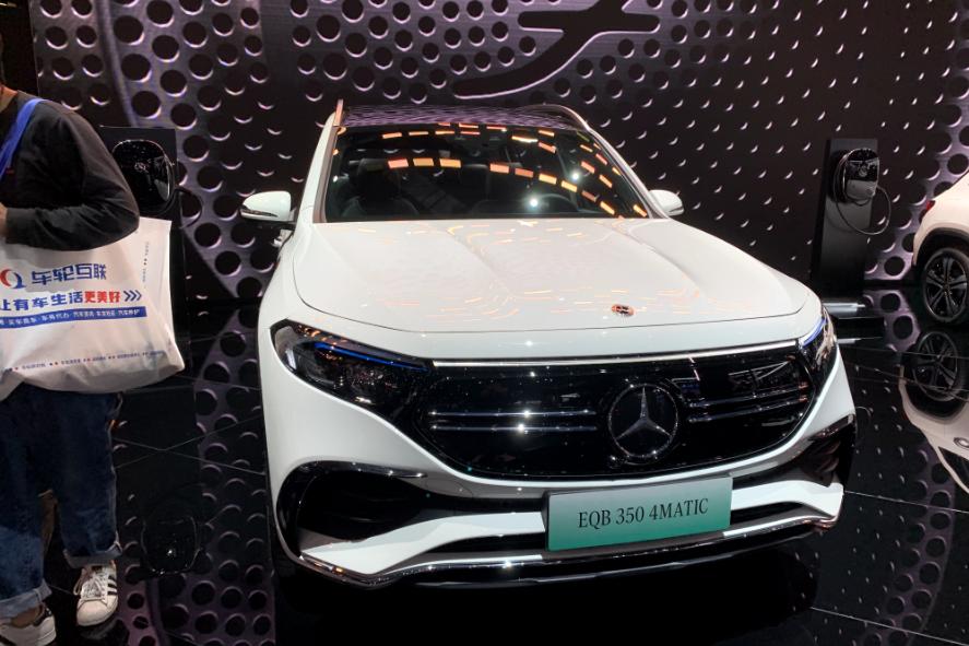 纯电动豪华车奔驰EQB 350,上海车展首秀,还是熟悉的高级感