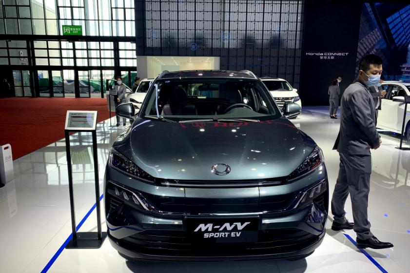 本田M-NV小型SUV,运动风格特色外观,和同级相比有什么优势