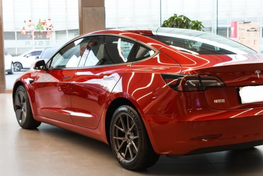 这车起步就后驱,价格26万,还是B级,关键有自动驾驶功能