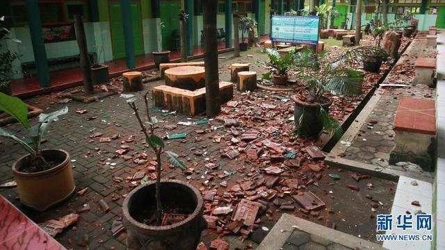 印尼东爪哇地震已造成6人死亡1人重伤