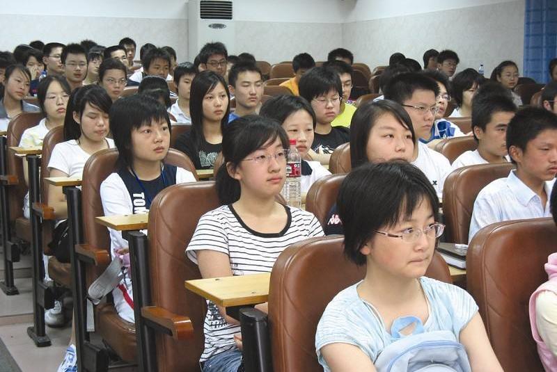 父母如何教育孩子,听听府谷贾宝琳老师咋说的