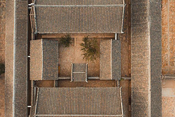 中国北方最大的庄园,鼎盛时期拥有5500多间房,建了200多年