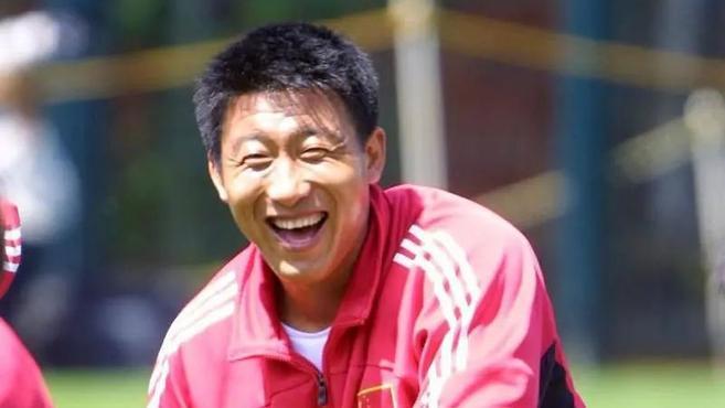 """悼念/ 短暂一生几乎都献给了中国足球,""""黑子""""猝然离世还有未了心愿"""