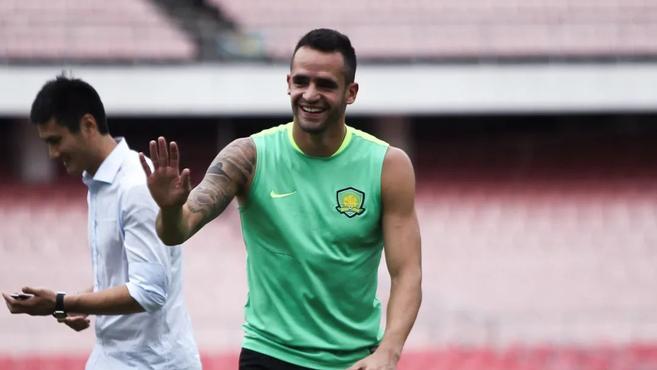 奥古斯托婉拒国安两年新合同,选择回到巴西联赛