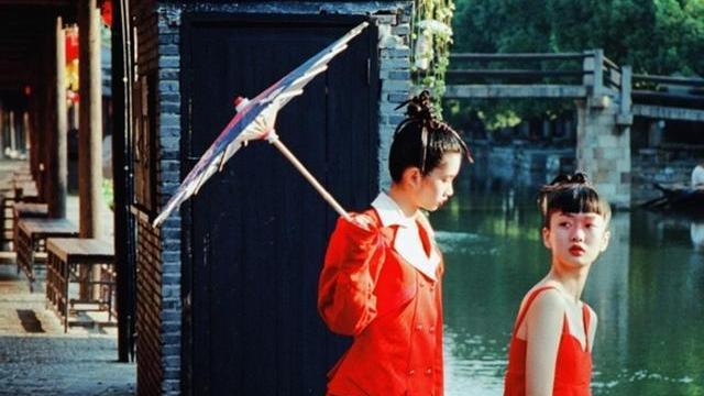 他在嘉兴的古镇,拍下中国风的时尚大片