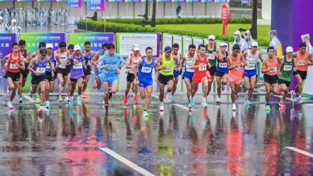 """超越东京奥运!全运会马拉松跑出""""西安速度"""""""