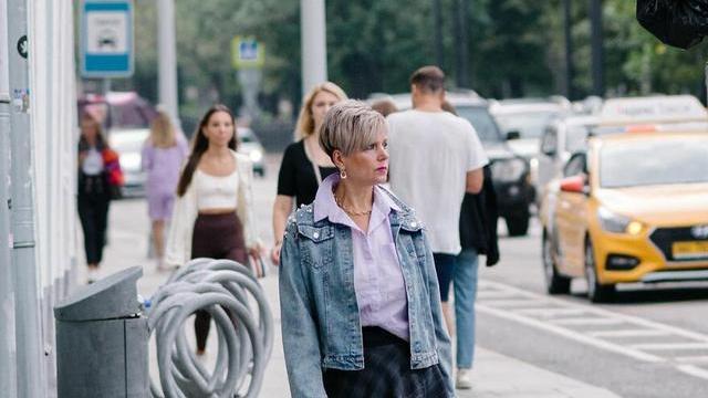 俄罗斯街头秋季时尚街拍,时尚是不分国籍的