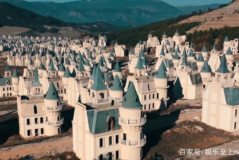 """732栋迪斯尼城堡成废墟……土耳其""""童话鬼镇""""让油管up主叹息"""