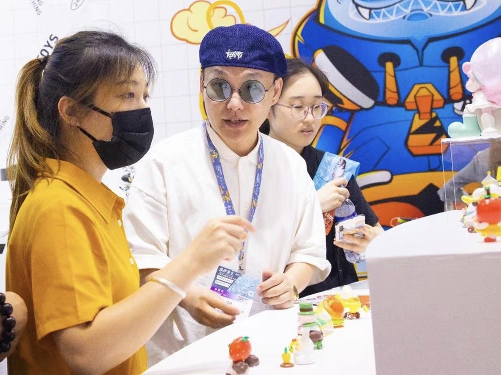 TAKI闪亮空降2021 LEC全球授权展上海站,赋能品牌新活力
