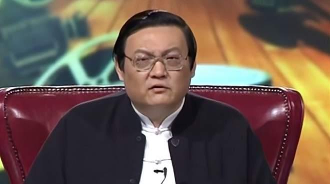 老梁揭秘:金扫帚奖在中国行进比较艰难,批评必须要自由
