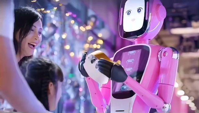 未来的机器人餐厅,干净卫生快捷,你喜欢这样的餐厅吗?