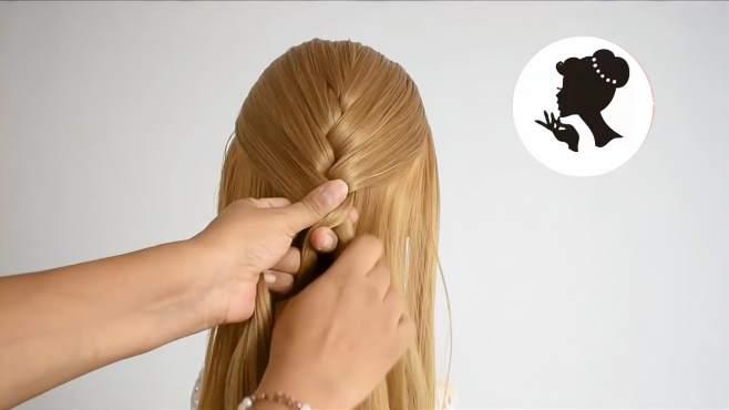 女人怎么扎头发简单又好看?学学这样扎,简单大方又好看