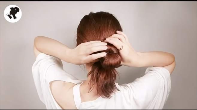 这个季节这样扎发型的女人最好看!优雅又有气质