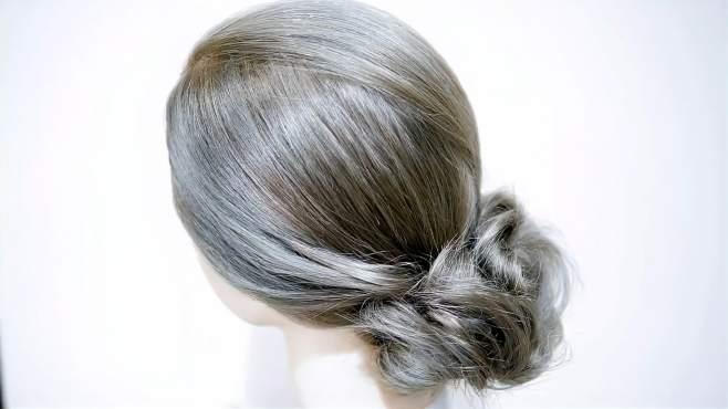 发量少的女人最适合这样扎发型了!自己在家也能搞定,太漂亮了