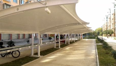 信阳市二十里河高庙小区膜结构电动车充电桩停车篷安装