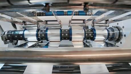 电动车的竞争核心就在电池了,那么我们看看特斯拉的电池生产效率