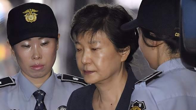 朴槿惠未交1亿人民币罚款