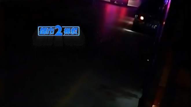 河南信阳:货车与送葬人群相撞 造成9死4伤 交通事故现场画面曝光