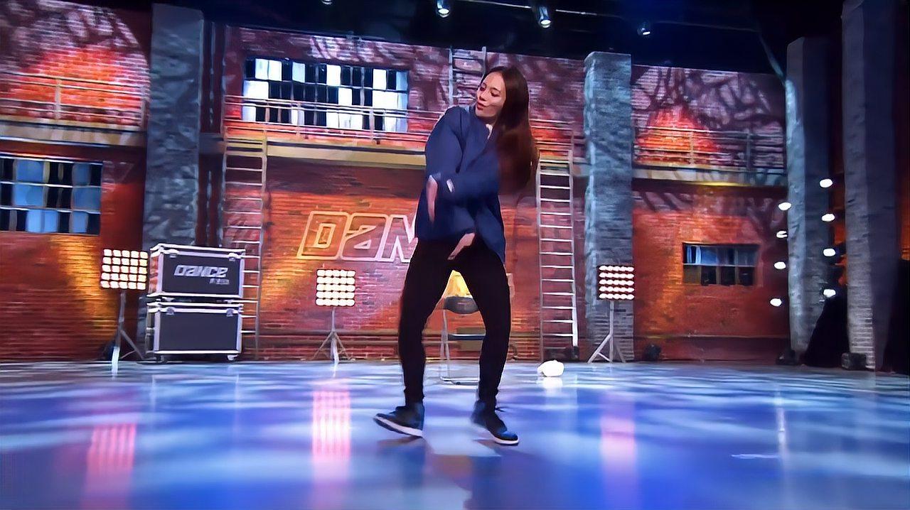 中国好舞蹈:台湾阿美族女孩上好舞蹈,跳火爆街舞,令黄豆豆惊讶