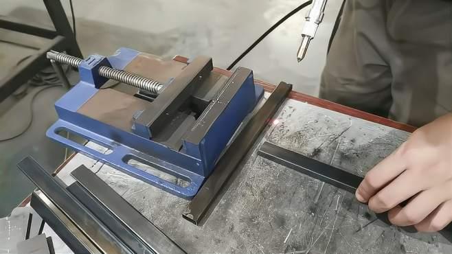 小型碳钢方管焊接,激光焊接优势明显