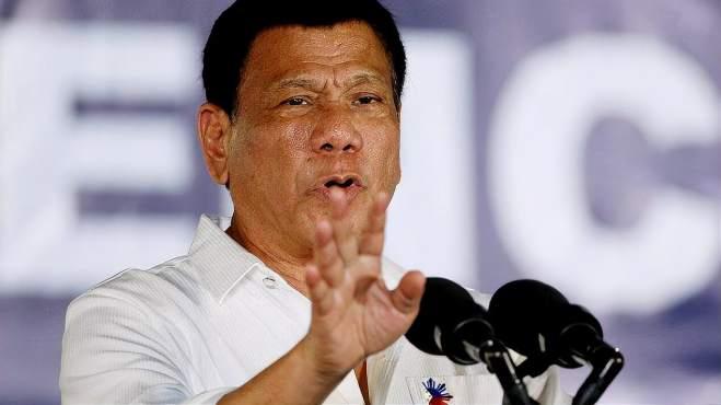 美军机竟伪装客机对华抵近侦察,险恶用心遭识破,菲律宾也火了