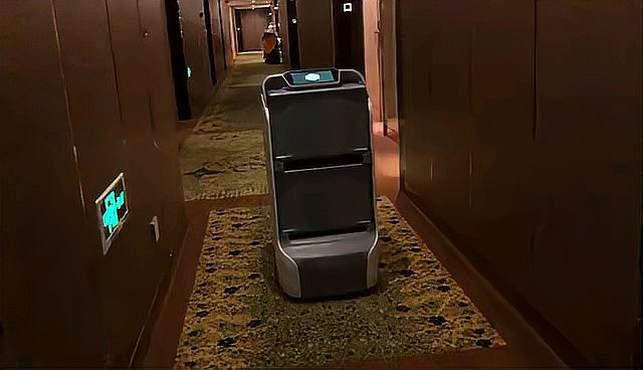酒店自动配送生活用品,既保护隐私,也安全高效,还节省人工