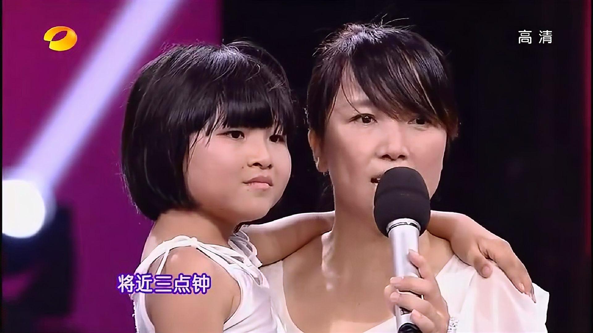 奇舞飞扬:无腿女孩坚强舞蹈,观众起立鼓掌,评委眼泪直流