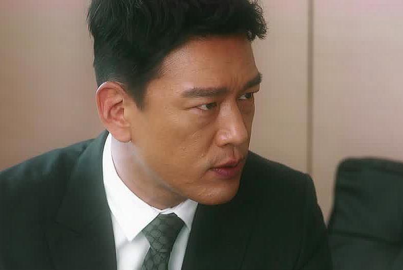 《他其实没有那么爱你》:陆浩的一张小纸条里,藏着他自私的证据