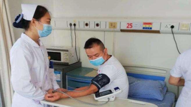 小伙两次捐献干细胞救同一患者