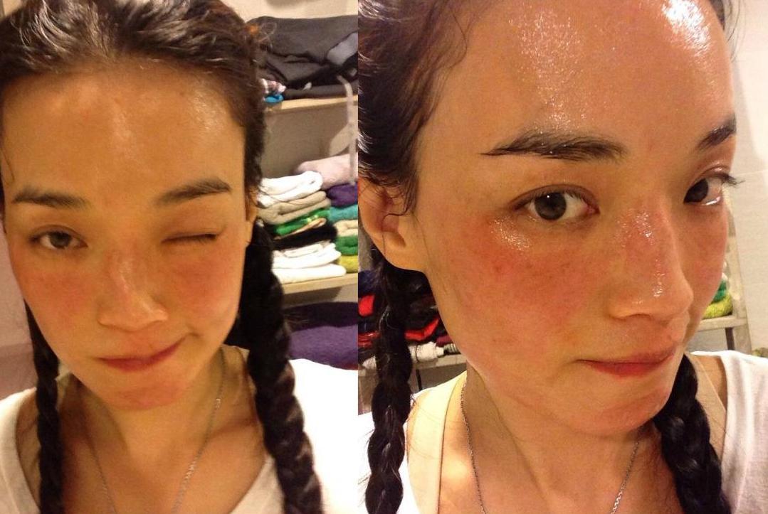 经常化妆和长期素颜的女人,皮肤1年以后对比,这4点区别真明显