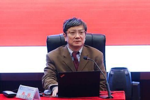 """浙大网红教授郑强火了,曾一句话怒批""""许可馨事件"""",如今升官了"""