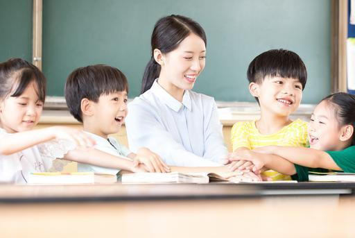小学校长:这种孩子看似机灵但最难教,学习好的人从小有这个共性