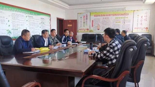 忻州市生态环境局监控中心主任朱国华一行莅临静乐县检查指导工作
