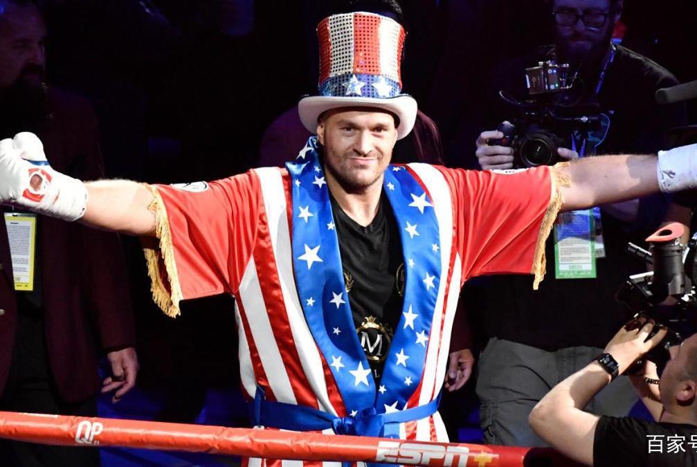 富里认为:约书亚应该放弃WBO拳王金腰带,因为将出给乌西克!