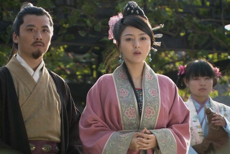 卢俊义老婆贾氏,为何会看上管家李固?