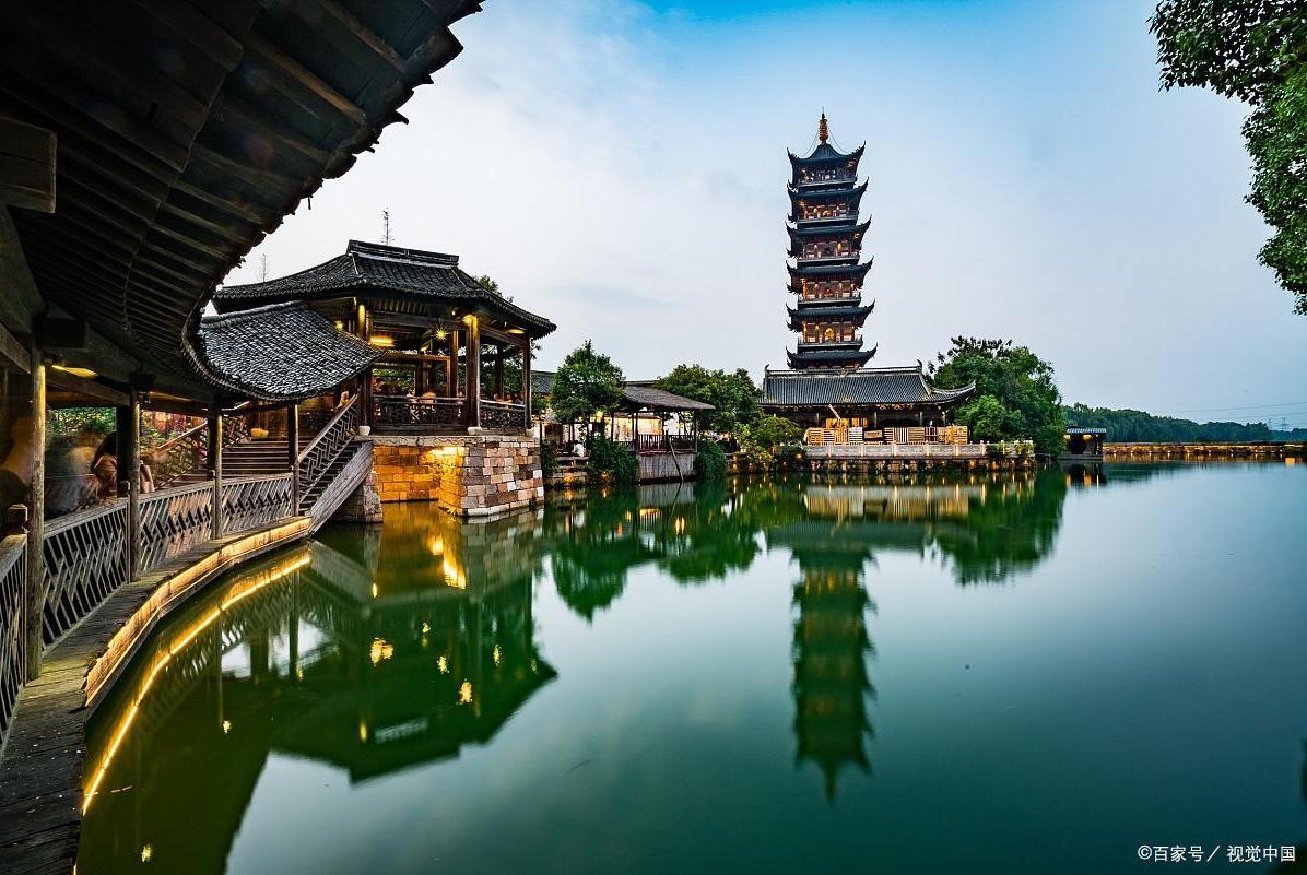 """中国最会挣钱的古镇,一年21亿收入,黄磊、刘若英为它""""代言"""""""