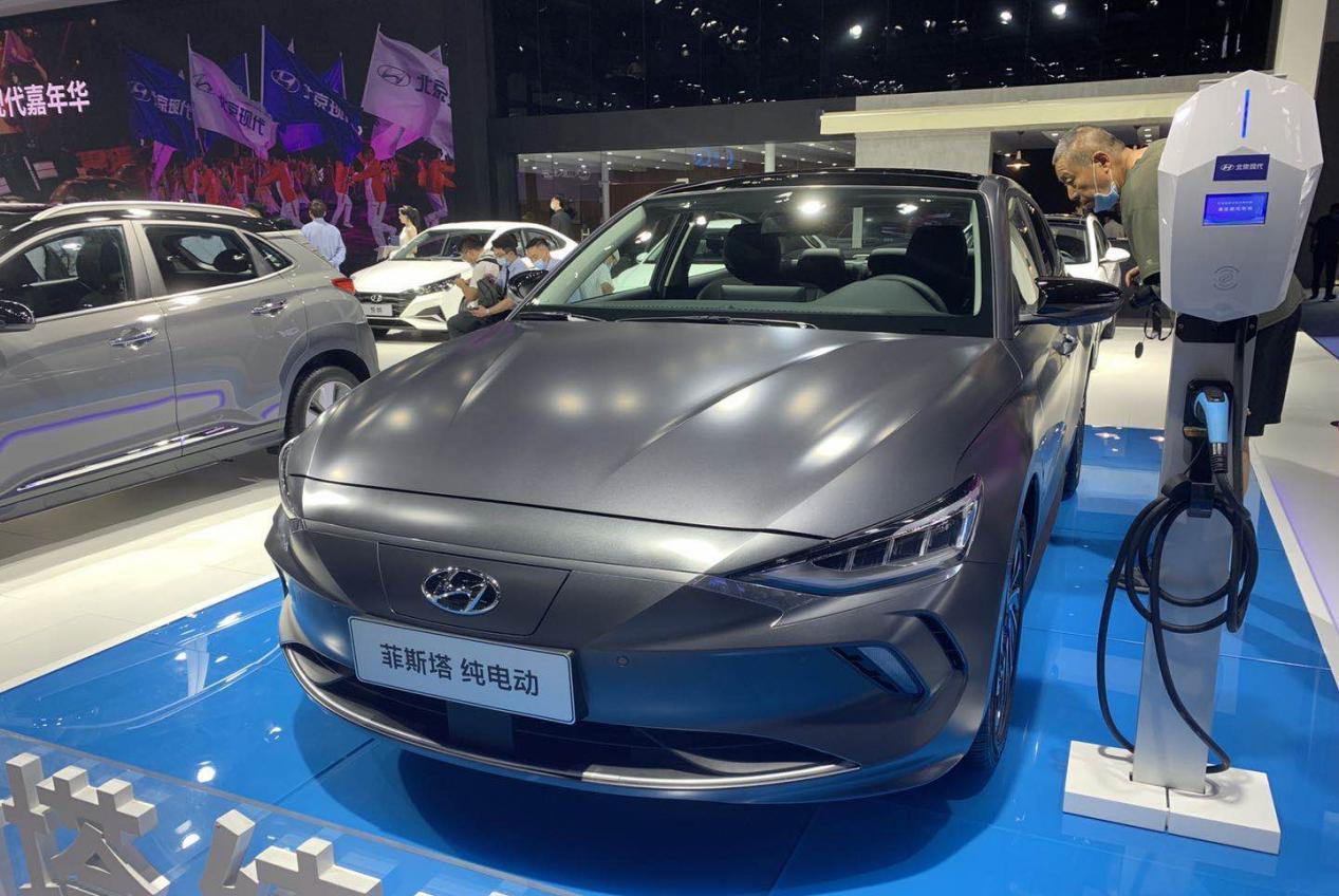 有性格的新能源车,菲斯塔纯电动亮相成都车展,续航表现够可靠