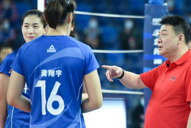 探讨:拥有朱婷的天津女排仍憾负江苏女排,如何给球队把把脉