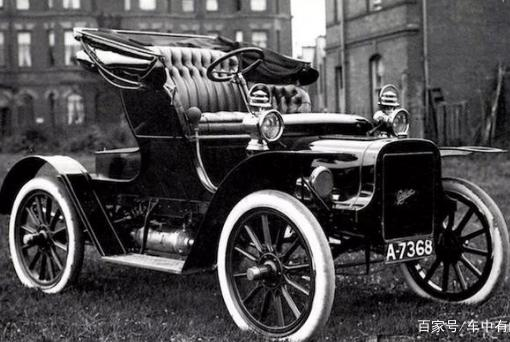 那些我们熟悉的汽车品牌,它们的第一辆车是什么样?
