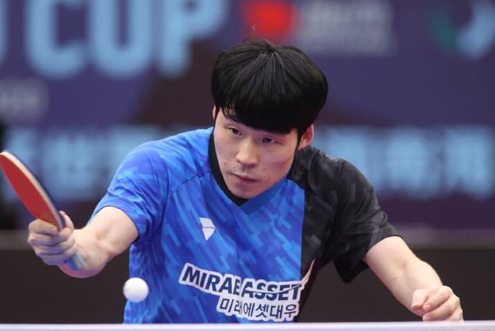 又是一场七局大战!张本智和4-3险胜张禹珍,收获世界杯铜牌